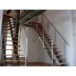 Какая лестница лучше: открытая (без подступенков) или закрытая (с подступенками)